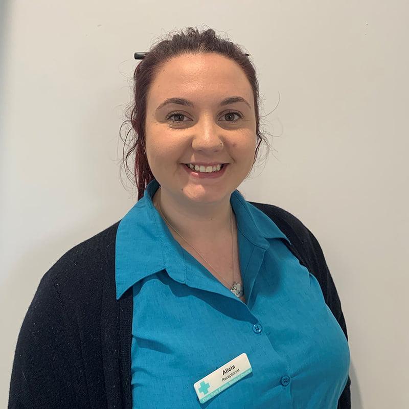 Alicia-receptionist